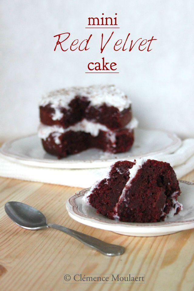 mini red velvet cake title 4
