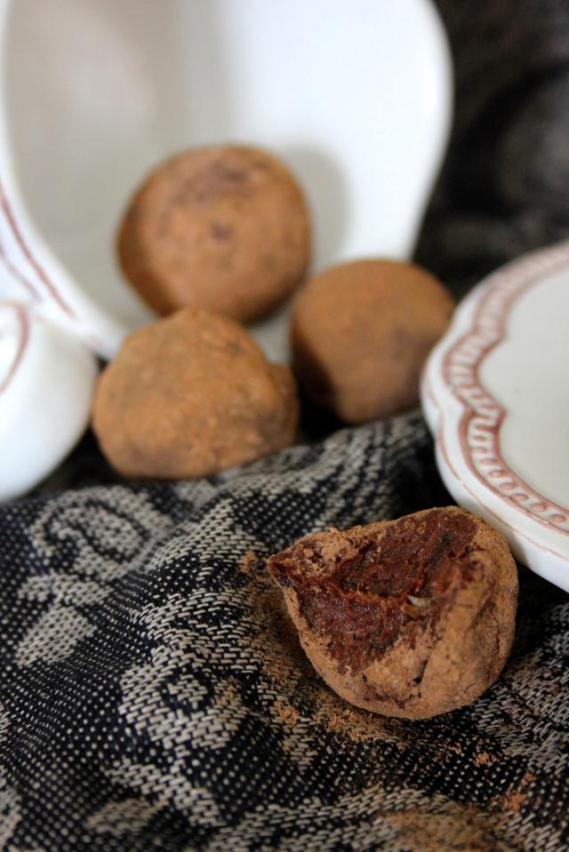 raw cinna truffles 2