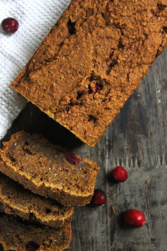 #vegan pumpkin and cranberry breakfast loaf