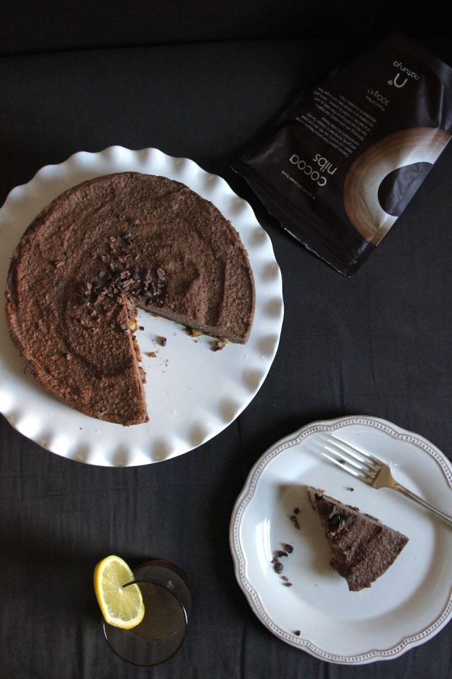 raw vegan amaretto chocolate cream cake - the vegan cookie fairy