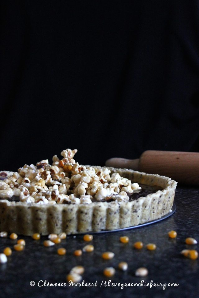 #Vegan-Salted-Caramel-Popcorn-Chocolate-Tart-5