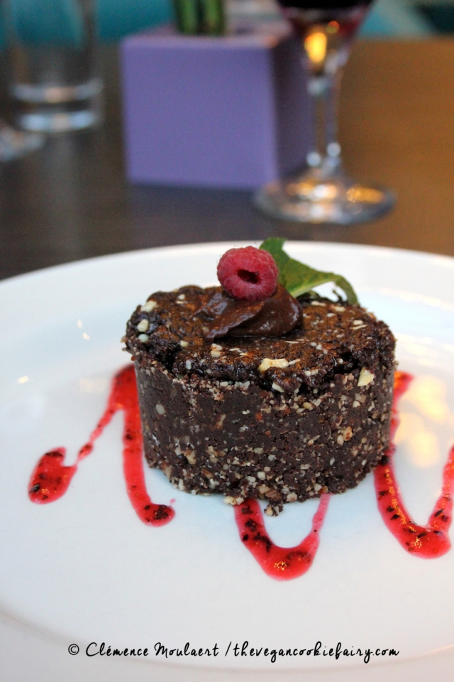 Vegan Raw Chocolate Cake @ BSB #veganinscotland