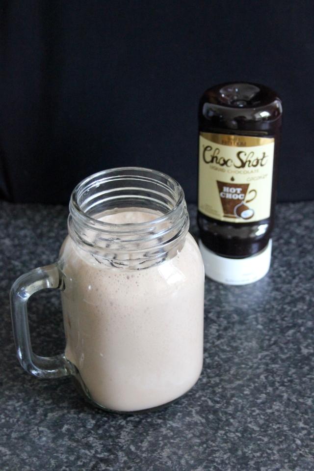 Coconut Stracciatella Shake