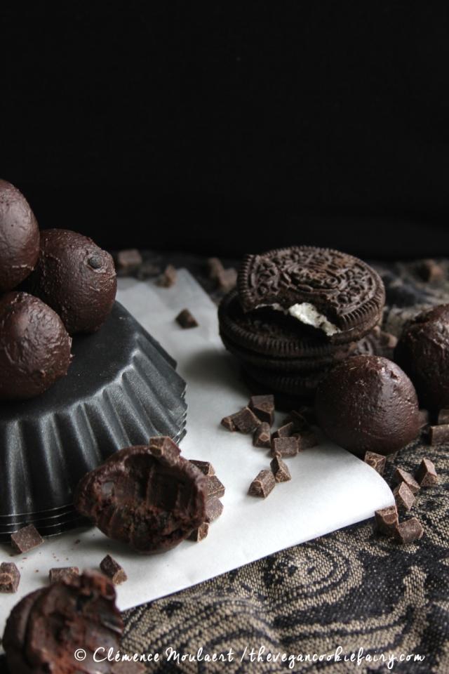 Vegan Oreo Chocolate Truffles