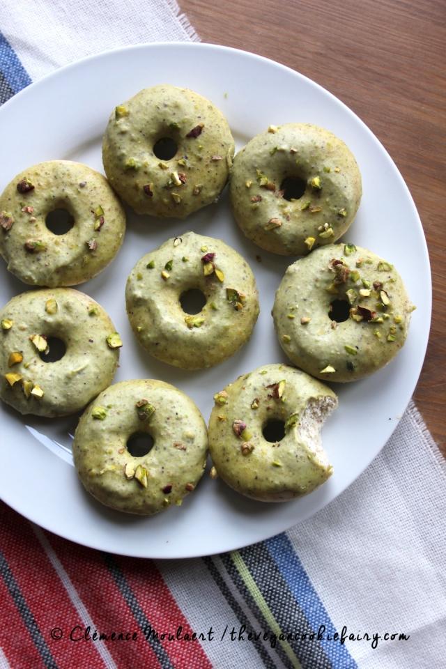 #Vegan #Glutenfree Pistachio Cardamom Doughnuts