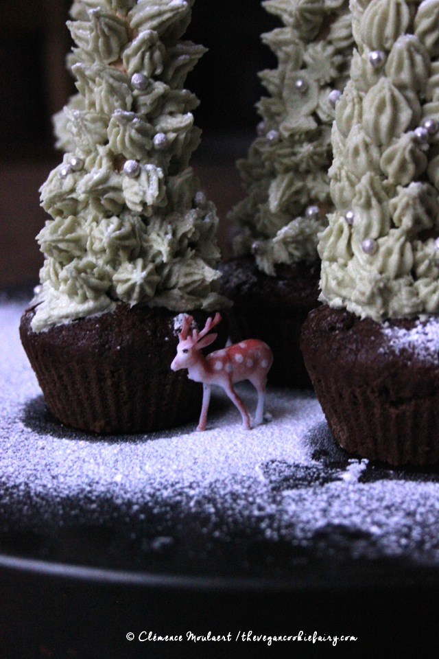 #Vegan #Christmas #Tree #Cupcakes - The Vegan Cookie Fairy